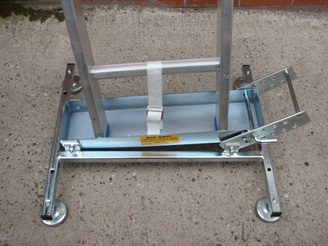 Big Grip Ladder Stabiliser